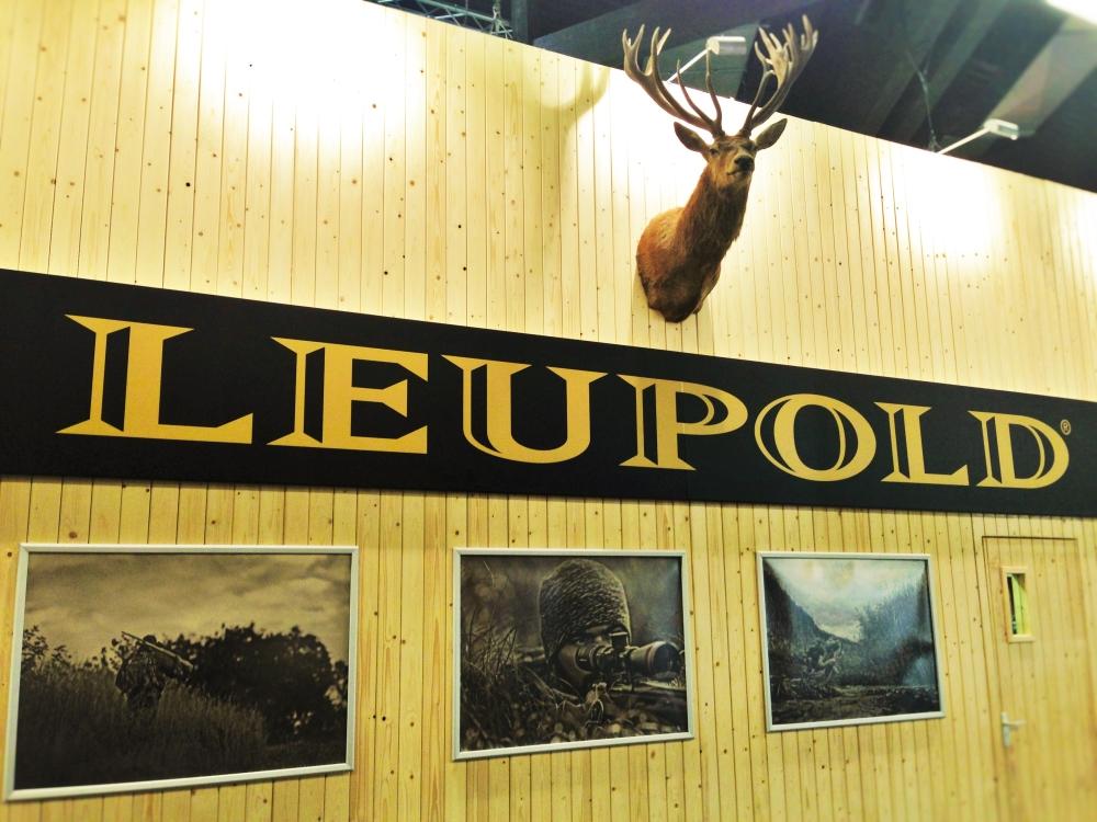 Leupold Stand